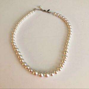 Express faux pearl necklace